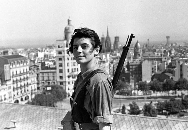 Marina Ginestà of the Juventudes Comunistas, aged 17, overlooking Barcelona during the Spanish Civil War.